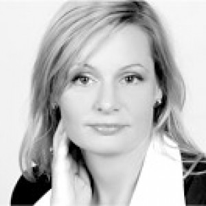 Dr. Szedlár Anna